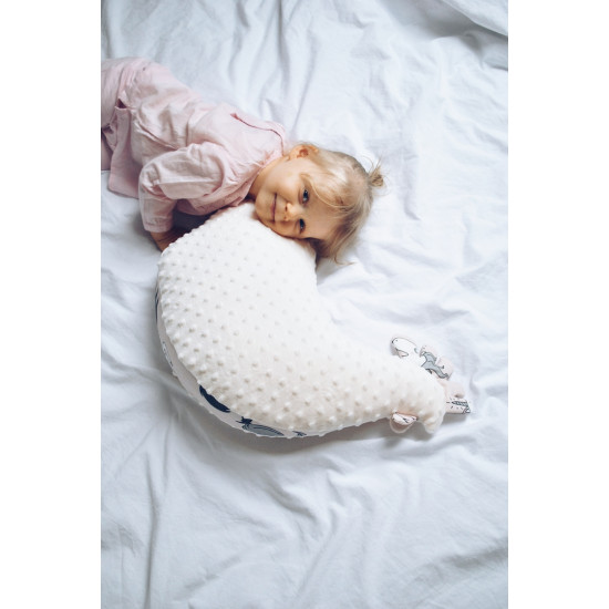 Polštář podkova na kojení GRANDMA DANA'S HEN MISS CLOUDY korál 50x40 cm